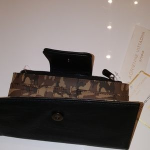 Adrienne Vittadini Black/Camoflauge Inside Wallet
